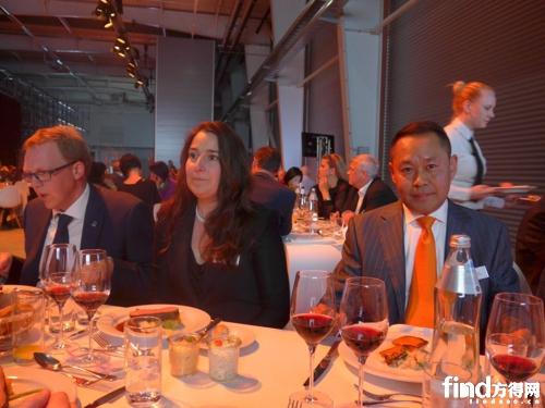 董事长刘晓疆与斯太尔动力(欧洲)公司CEO迈克·阿夏伯(Michael Aschaber)及夫人