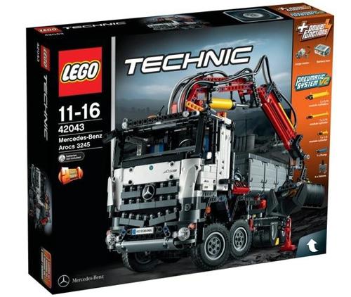 梅赛德斯 奔驰3245 arocs卡车 2793块积木拼成  高清图片