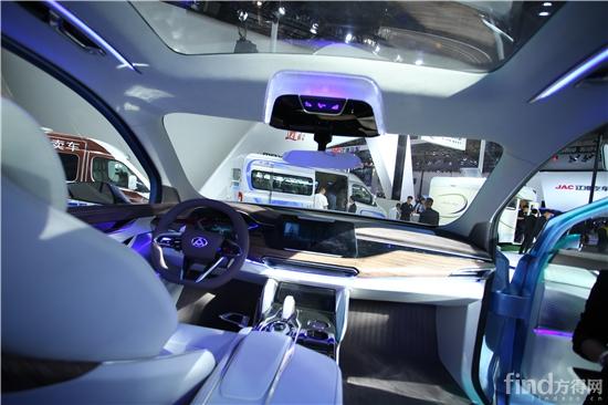 首款SUV D90概念车发布 上汽大通朝 用户驱动新业态C2B车企 迈进高清图片
