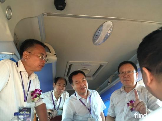 看看福田欧辉在新疆如何争地盘? (2)
