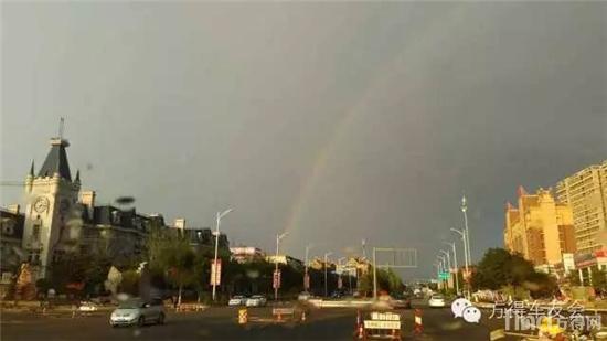 阳光总在风雨后 武风林路上拍到的彩虹