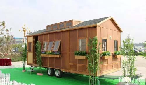 全球首款竹钢房车