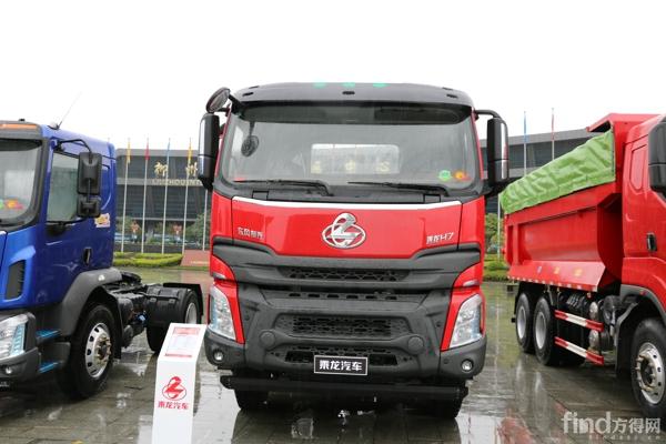 乘龙H7 8×4短轴距城建渣土车 (3)