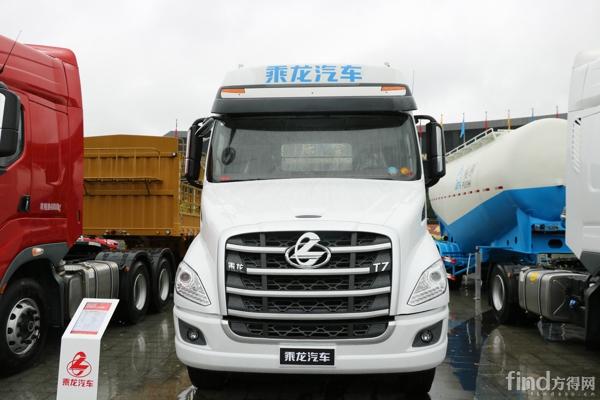 乘龙T7高端长头牵引车 (2)