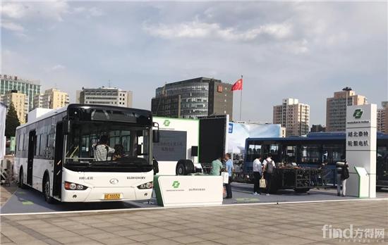 国内首辆轮毂电机客车亮相2017道路运输车辆展