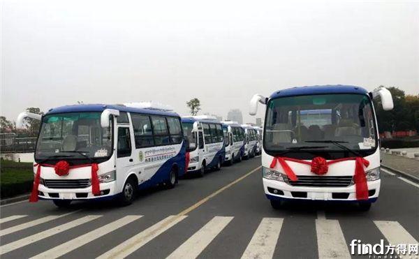 安凯客车批量进藏发车仪式举行 (1)