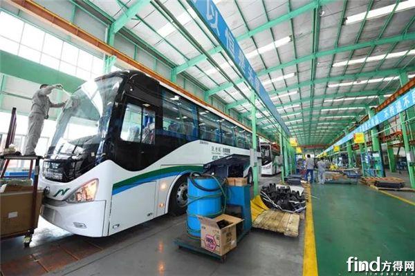 五洲龙1500辆纯电动客车交付