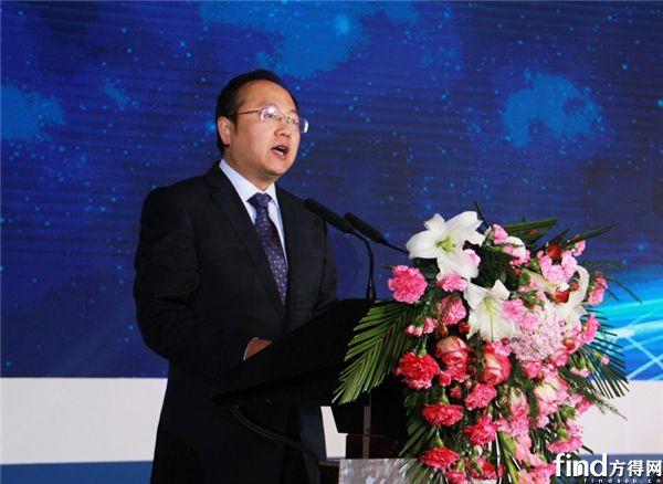 陕重汽副总经理、陕汽商用车董事长王春松致辞