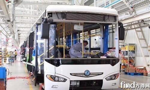 东风襄阳旅行车公司新能源客车总装车间