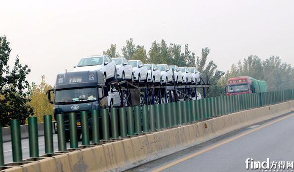 禁止违规轿运车运行 (1)