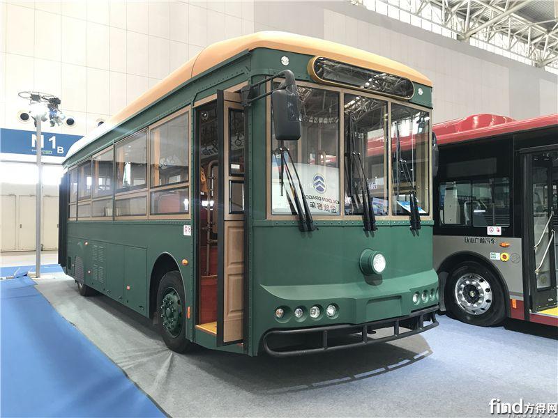 银隆12M纯电动仿古铛铛车