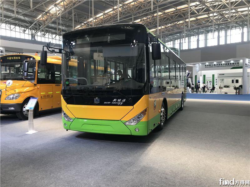中通LCK6108EVG18纯电动城市客车