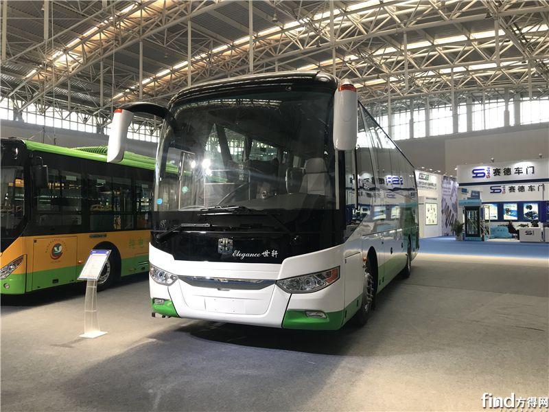 中通LCK6117H5A1公路客车