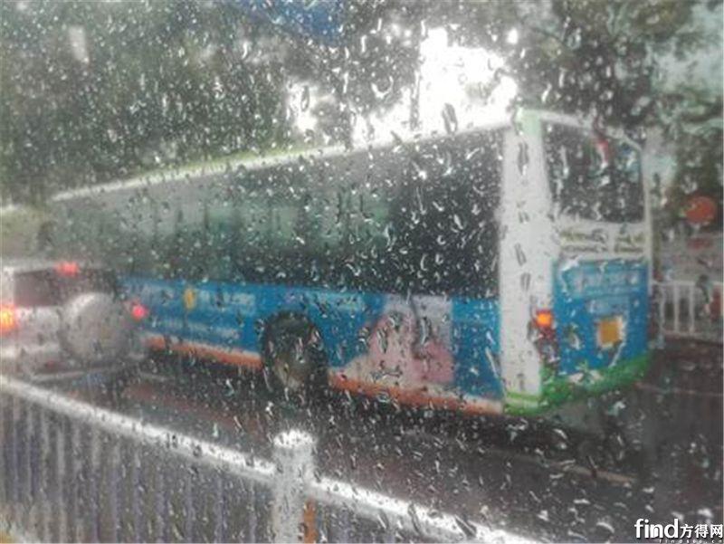 大雨下纯电动公交能正常运行吗?南昌调查实记|方得调查