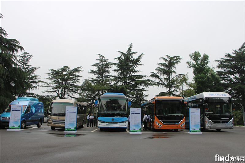 中通氢燃料电池及智能驾驶客车产品