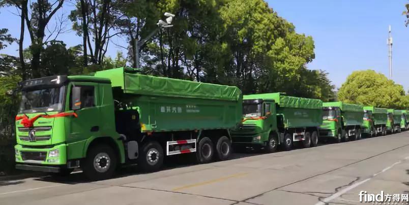 徐工漢風城市渣土车批量交用户 (2)