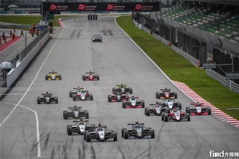 千呼万唤的马来西亚F3观赛团在这里5