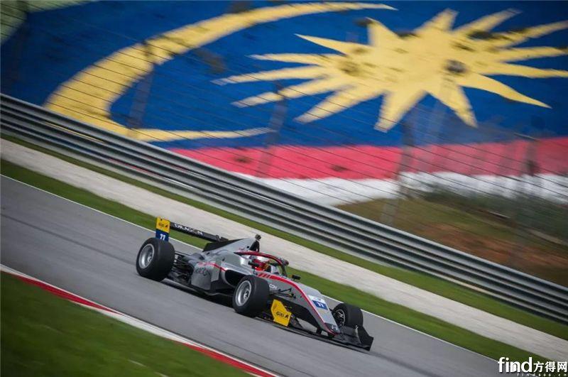 千呼万唤的马来西亚F3观赛团在这里6