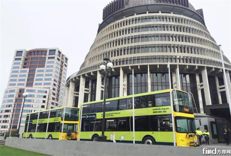 首批快充纯电双层巴士落户新西兰