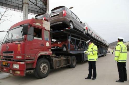 河北查处违法货运车辆5.68万辆