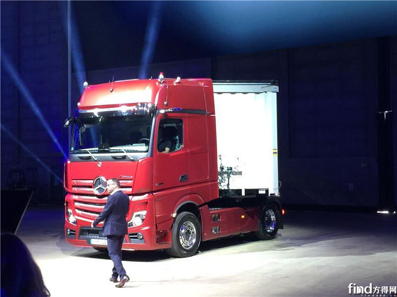 四项技术全球首发 奔驰新Actros凭什么引领卡车未来?