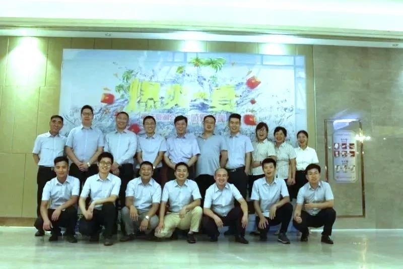 中国重汽渣土车占据武汉区域60%市场份额 (2)