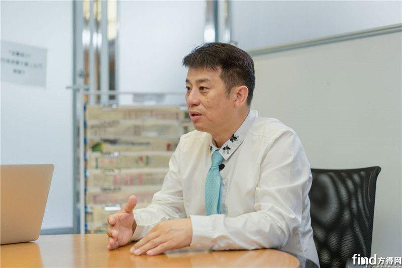 力恆汽车服务有限公司董事总经理关伟霖先生