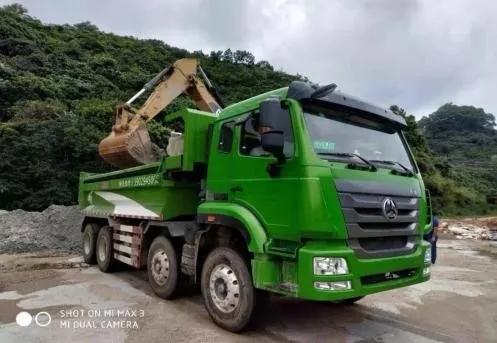 重汽渣土车深圳首批订单200余辆