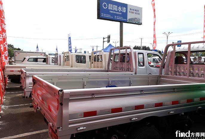 """福田祥菱M1致富指南:用一辆车""""承包""""一座城是什么体验? (7)"""