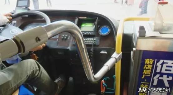 """公交车如何防止司机被""""袭""""?南京、武汉宣布这么做 (4)"""