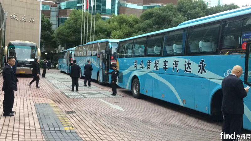 上海永达汽车租赁有限公司服务进博会的海格客车