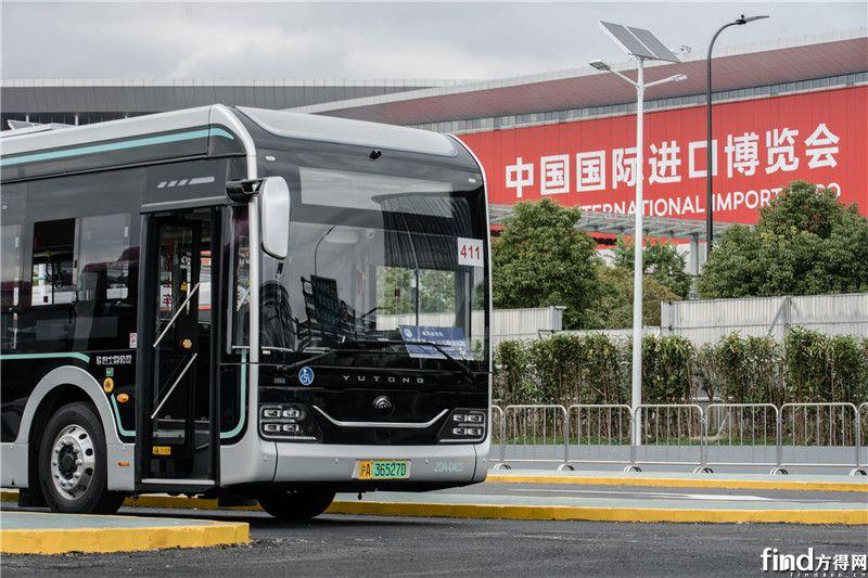 迎进博,宇通智能网联纯电动公交为上海美好出行而来 (6)