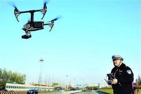 执法人员对超限超载车不作为 纪委启用无人机暗访!