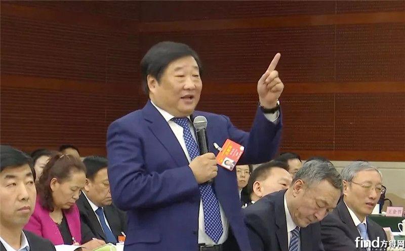 中国重汽向全系列商用车转型 (1)