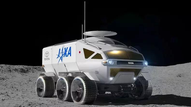 丰田研发自动驾驶载人月球车