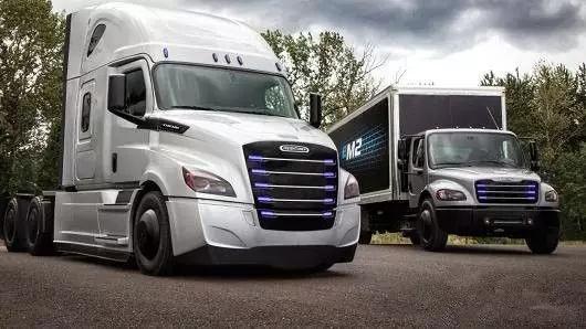 戴姆勒改装工厂生产电动卡车