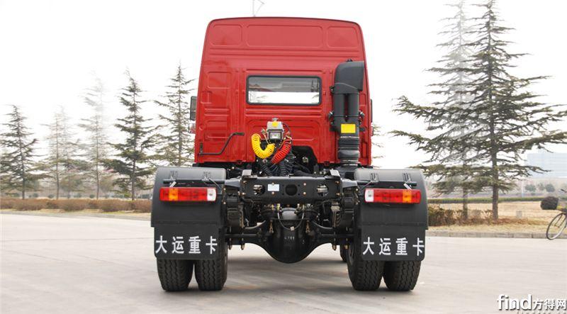 新N8E 4X2牵引车 (3)