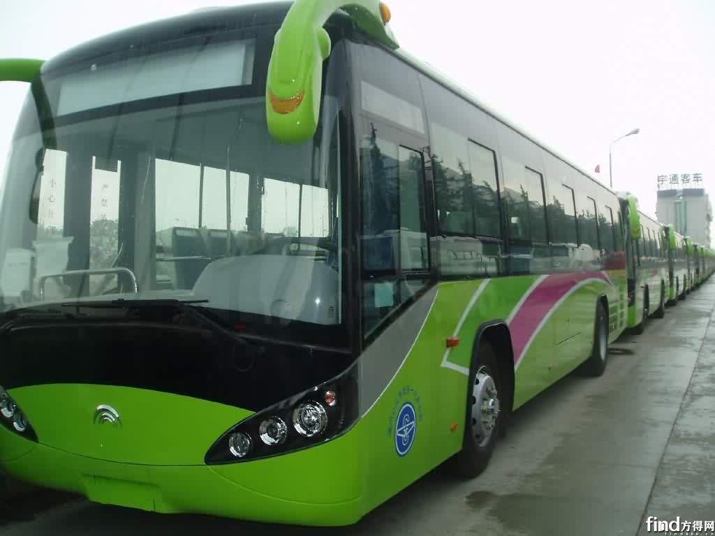 上半年公交车采购总金额为35.76亿