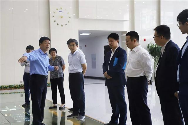 亿华通与东岳集团签订战略合作协议