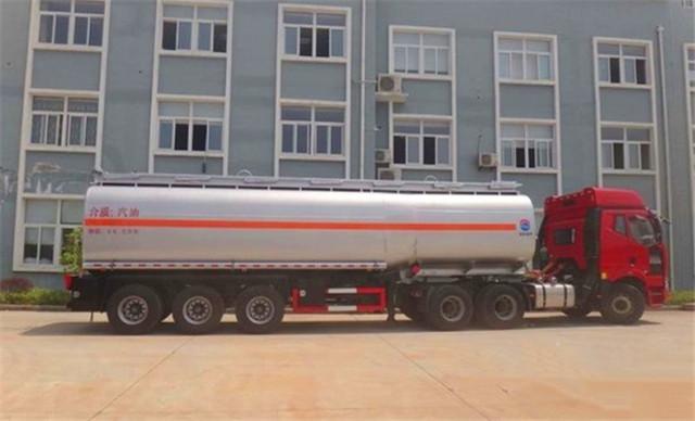 注意啦!宁夏高速国庆节期间禁止危险品运输车通行
