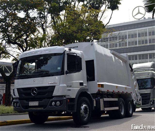 配备艾里逊变速箱的巴西产梅赛德斯-奔驰Atego垃圾车登陆哥伦比亚
