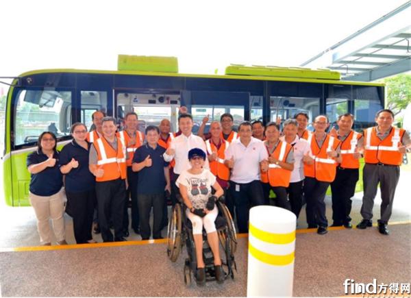 【新闻稿】有爱!比亚迪助力新加坡实现全岛巴士无障碍通勤_191105760