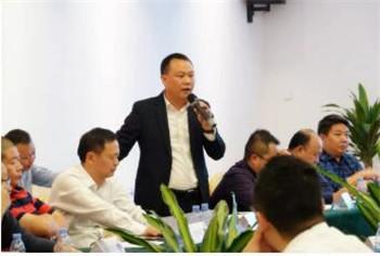 携手红岩 康明斯国六X动力新品推介会走进广州