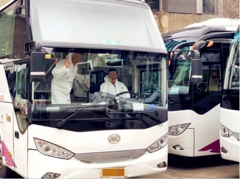 """温暖前行,安凯客车护航最美""""逆行者""""!"""