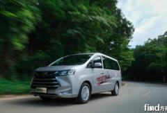 暑期出行用车怎么选?这款MPV安全舒适、动力还强劲
