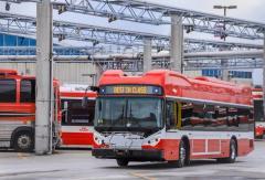 比亚迪电动巴士驶入加拿大最大城市 !