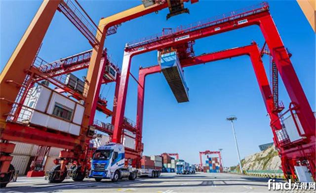 港口年运2万个集装箱, 运量翻3倍   上汽红岩究竟有什么神仙操作?