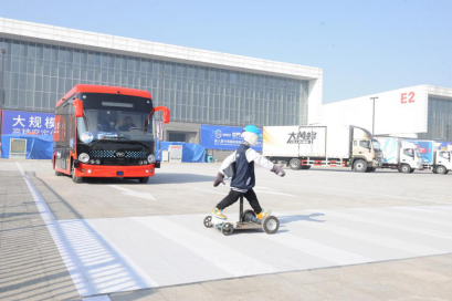 国家级盛会 陕汽X6000、江淮帅铃i5、安凯客车现场演示商用车智能驾驶!