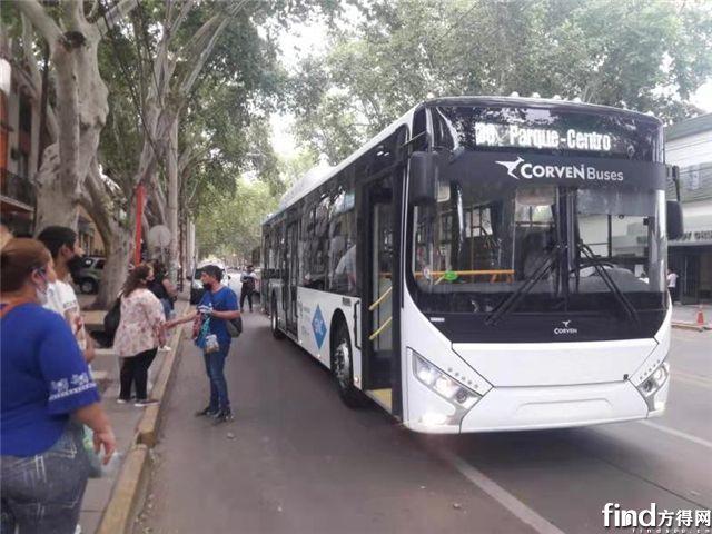 """擦亮新能源客车""""海外名片"""",中通客车成阿根廷门多萨绿色出行首选"""