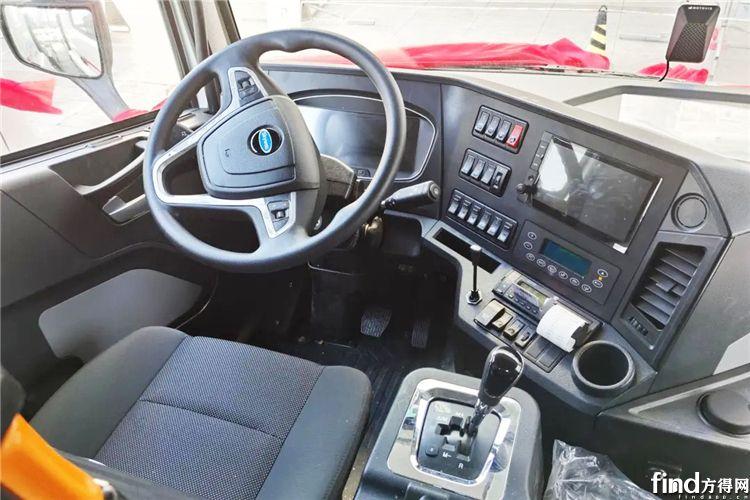 开沃纯电动重卡驾驶室